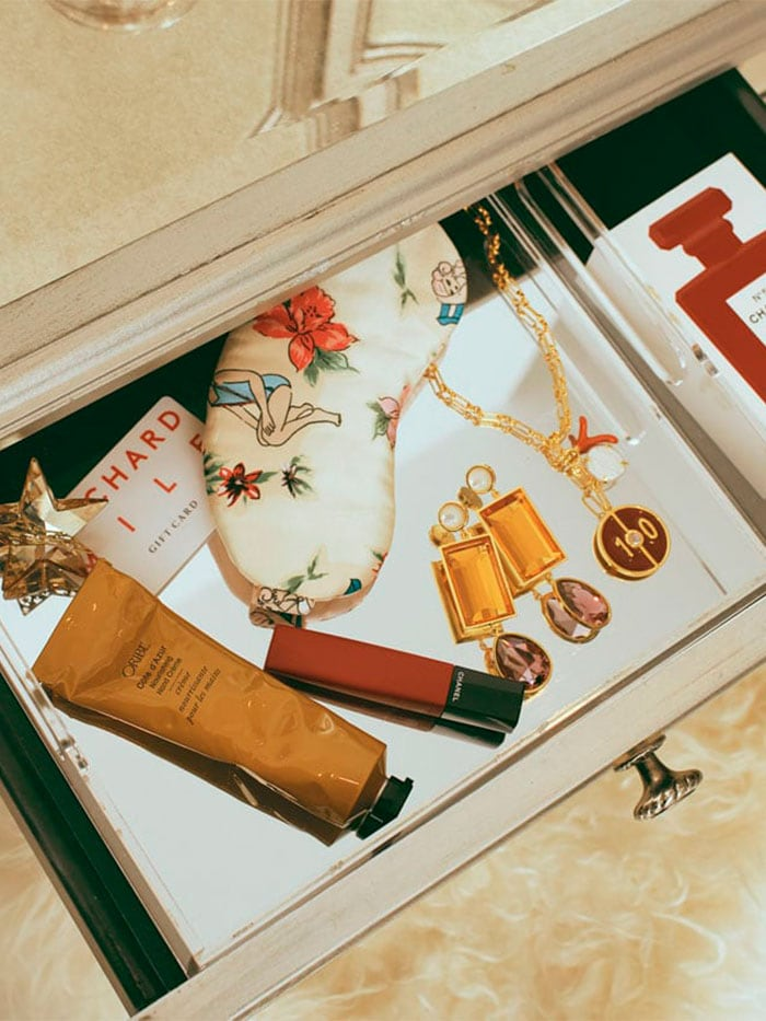 stocking stuffers image